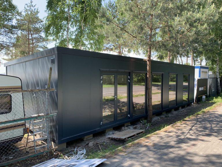 Nowoczesne kontenery mieszkalne – dlaczego warto?
